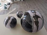 ensemble de 3 boules en grès, fabrication artisanale, pour déco extérieure