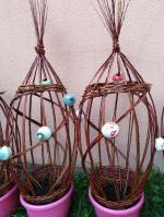 sculptures en osier vivant avec  boules en grès