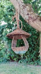 mangeoire à oiseaux céramique et vannerie