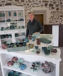 magasin de poteries de Dorothee Bajeux, artisan potier en novembre 2013