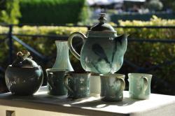 service théière et tasses vertes