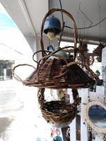 Mangeoire à oiseaux, poterie et osier autoclave