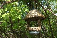Mangeoire suspendue dans son jardin