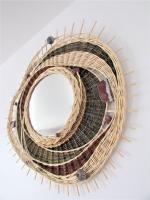 grand miroir pour décoration intérieure, fabriqué par un artisan potier vannier