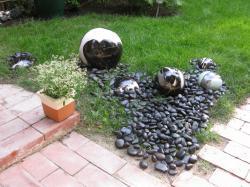 ensemble de boules et galets en grès émaillé
