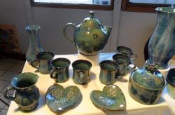 service à thé en grès tourné bleu vert