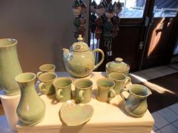service à thé en grès émaillé vert