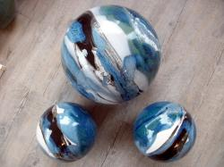 3 boules en grès pour déco extérieure